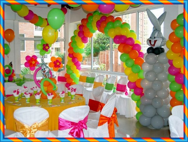 Decorar con globos una fiesta infantil for Decoracion salon infantil